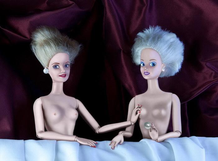 Барби вместо героев известных полотен: картины Catherine Th?ry