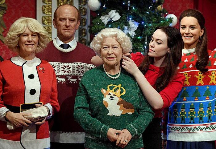 Музей Мадам Тюссо нарядил королевскую семью Великобритании