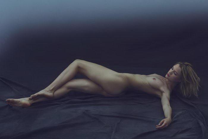 Лаконичная эротика: фотографии Stefan Rappo