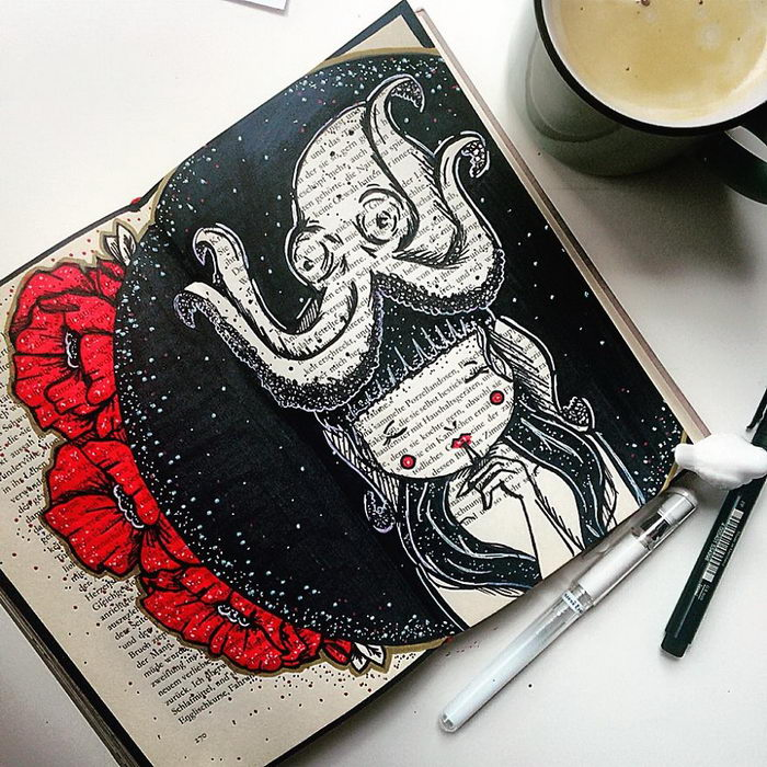 Арт на старых книжках 10amcoffee