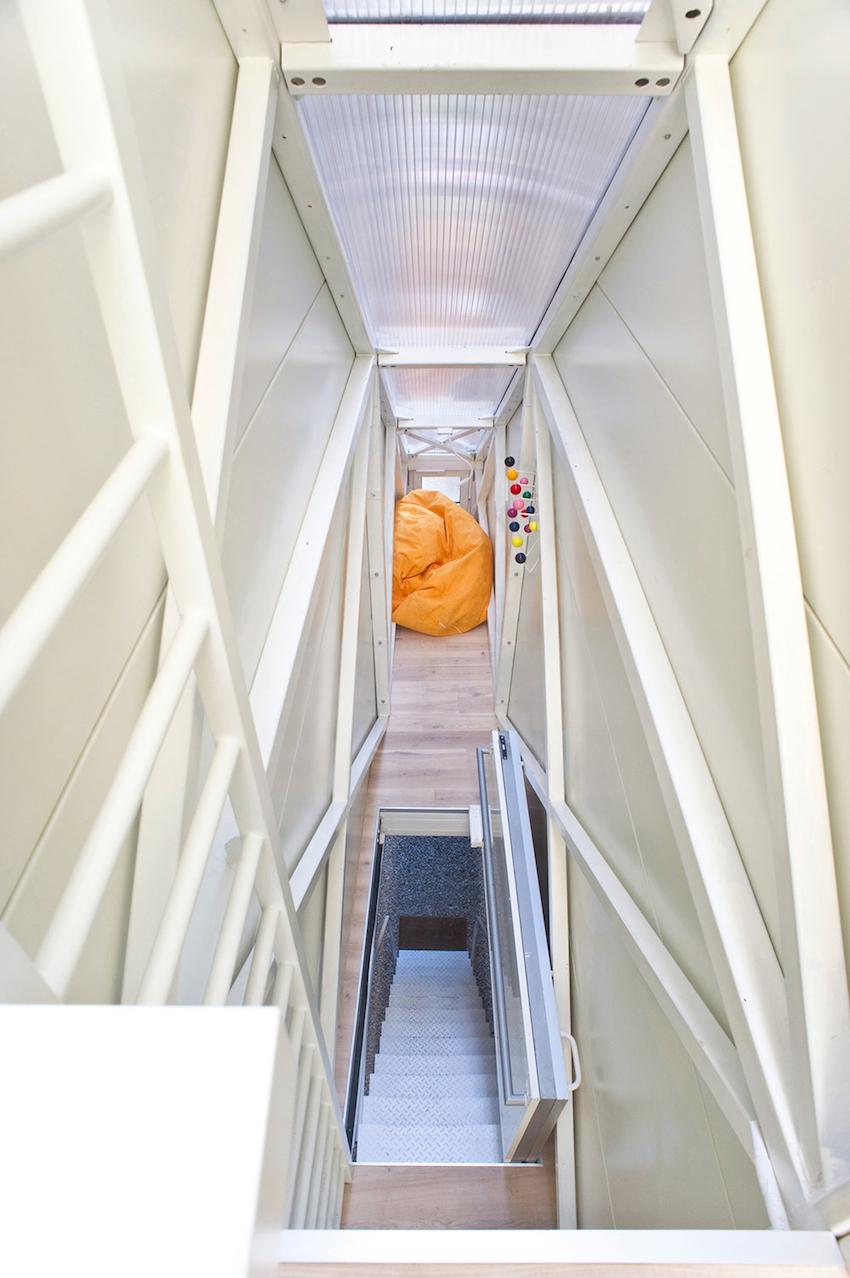 Самое узкое жилище в мире: Keret House в Варшаве