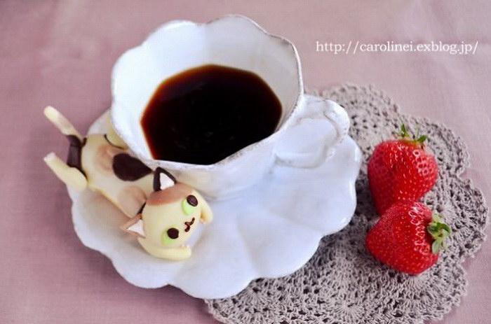 Японские сладости в форме кошечек