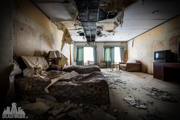Огромный заброшенный отель в Японии