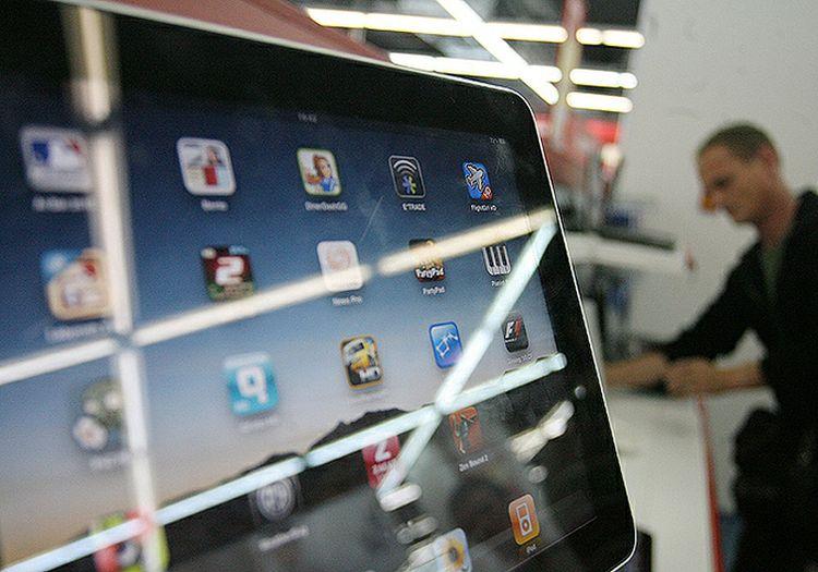 Начало продаж iPad в России