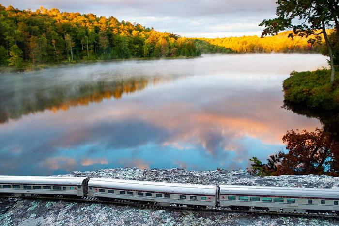 Путешествие на игрушечном поезде по Канаде в фотографиях Jeff Friesen