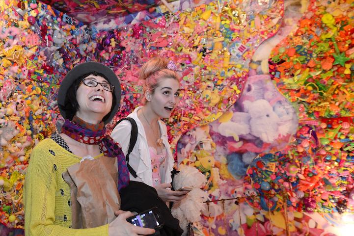Цветовое безумие одной комнаты