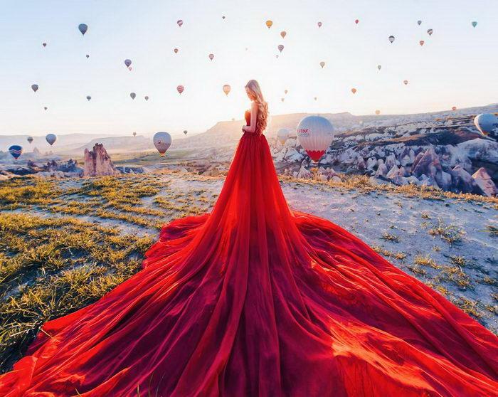 Девушки в платьях на фоне красивейших мест: фото Кристины Макеевой
