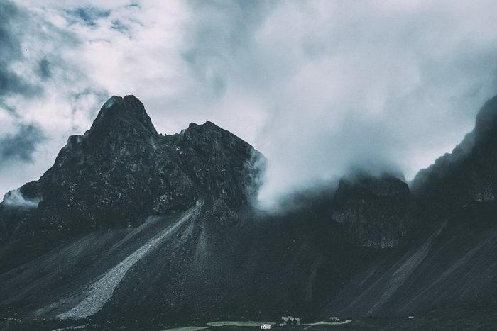 Мрачная Исландия в фотографиях Tore Knudsen