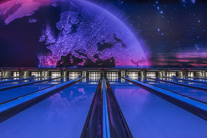 Как выглядели залы для боулинга в 1950-1990 годах: фото Robert Götzfried
