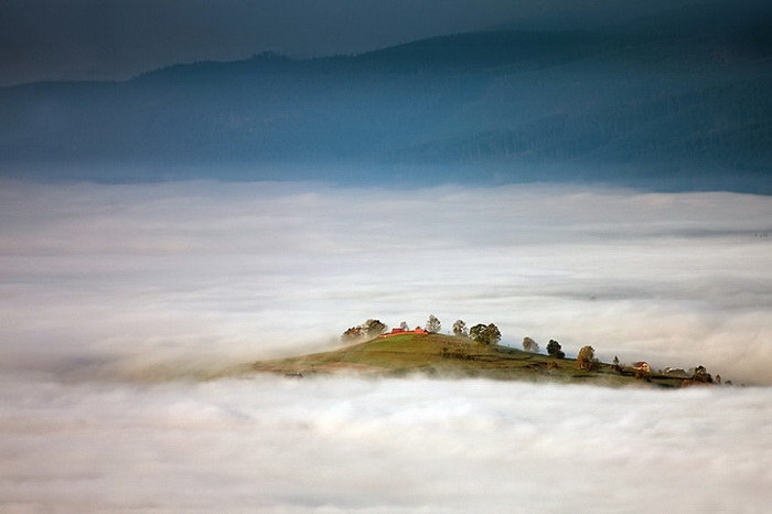 Туманные европейские деревни