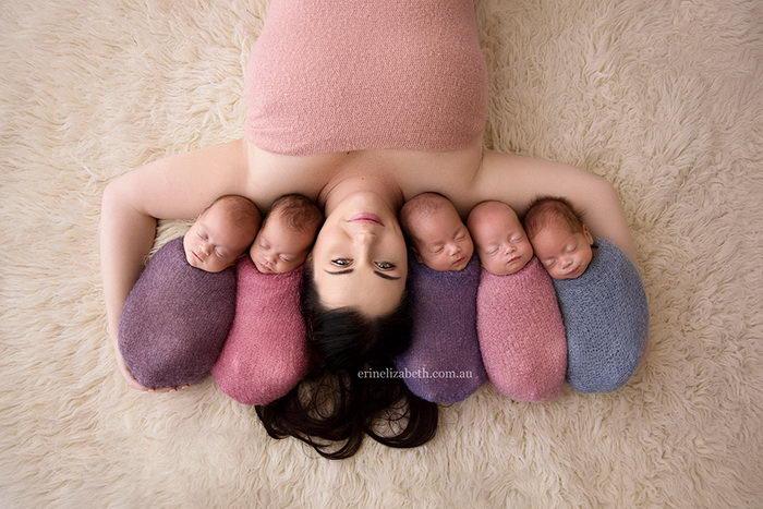 Фотосессия пятерняшек и их чудесной мамы