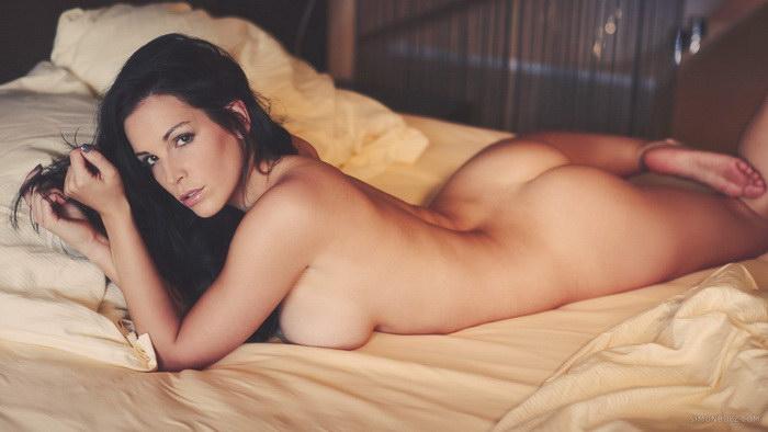 Эротические фотографии Simon Bolz