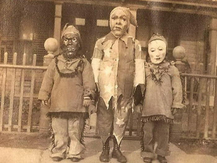 20 страшных костюмов на Хэллоуин из прошлого