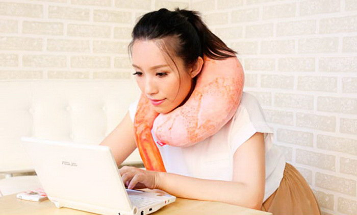 Японская подушка в виде креветки