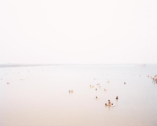 Китайское побережье: заполненные людьми пляжи и безлюдные бухты
