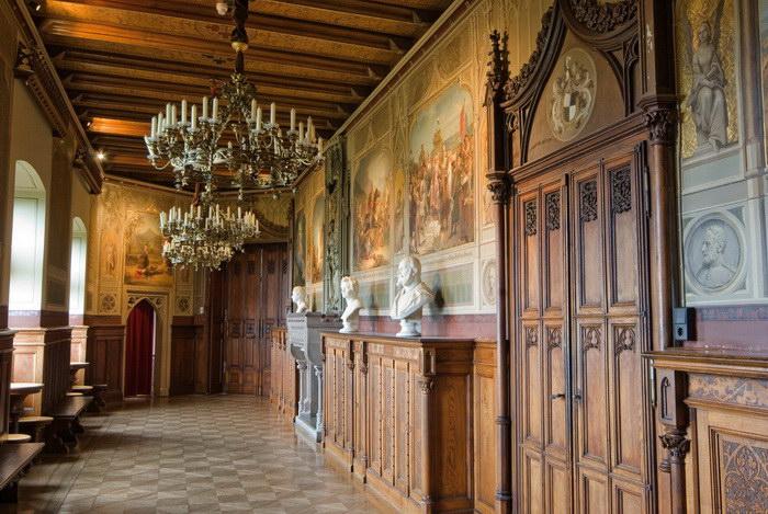Замок Гогенцоллерн: архитектурное сокровище южной Германии