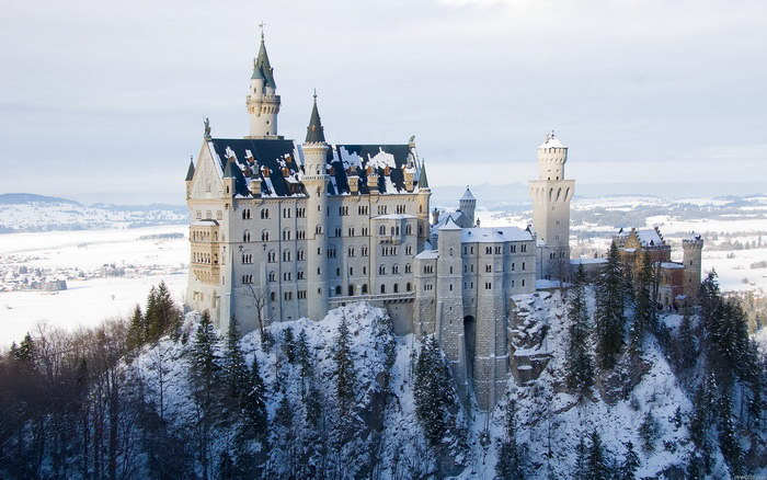 Замок Нойшванштайн: сказочный король и театральные декорации стоимостью 6 миллионов золотых марок