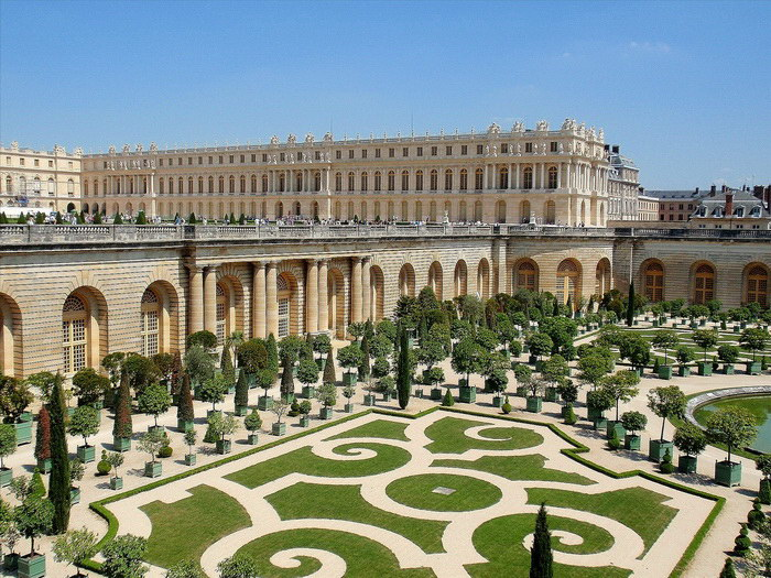 Дворец Версаль: роскошная резиденция французских королей