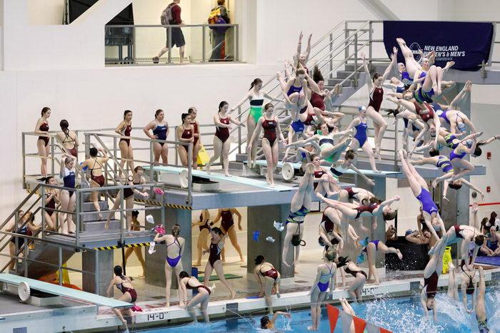 Движения спортсменов в фотоколлажах Pelle Cass