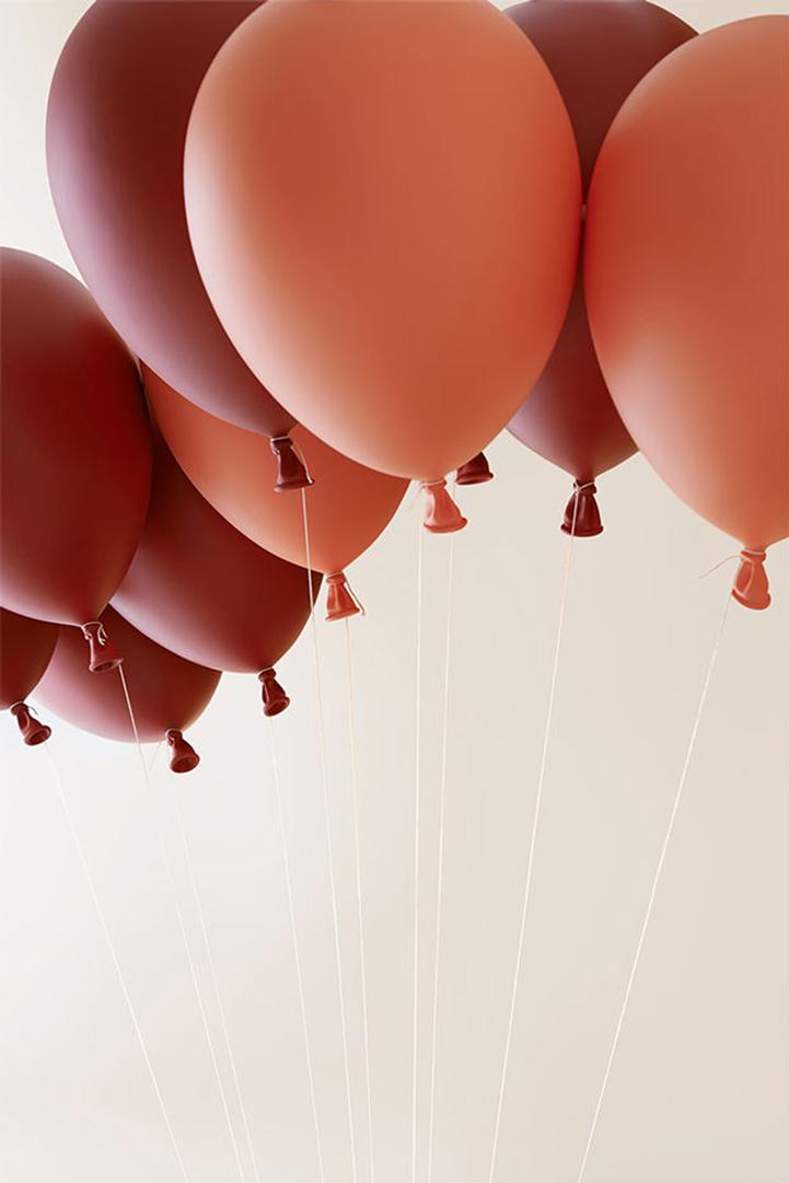 Инновационные шары способны поднять ребенка в воздух