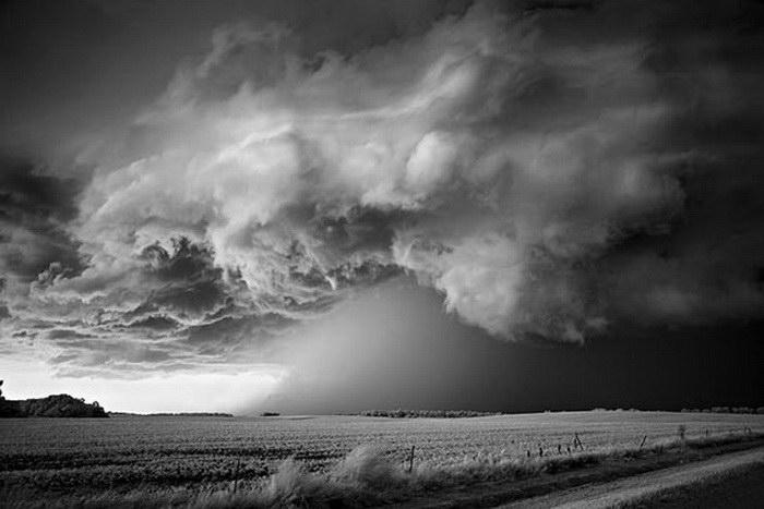 Шторм в фотографиях Mitch Dobrowner