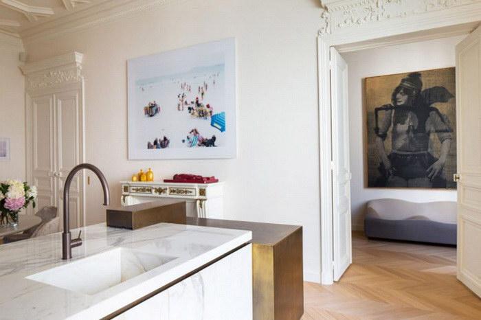 Квартира с видом на Эйфелеву башню