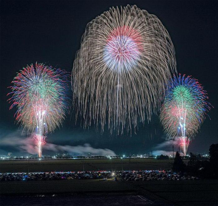 Фестиваль фейерверков Японии в фото Keisuke