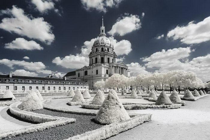 Инфракрасный Париж в фотографиях Pierre-Louis Ferrer