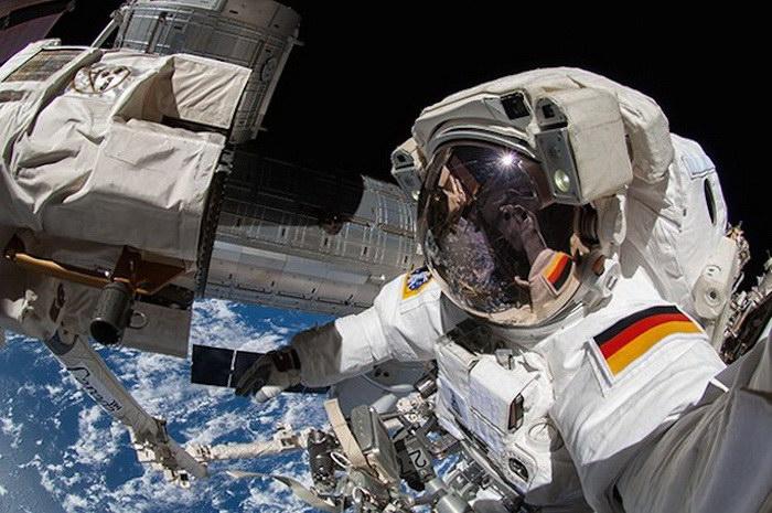 Селфи космонавтов, сделанные на МКС