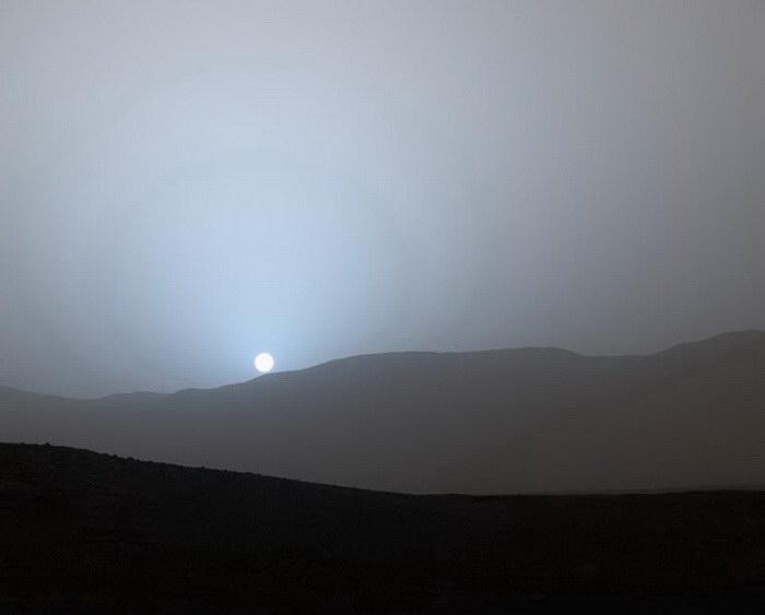 Первая съемка заката на Марсе