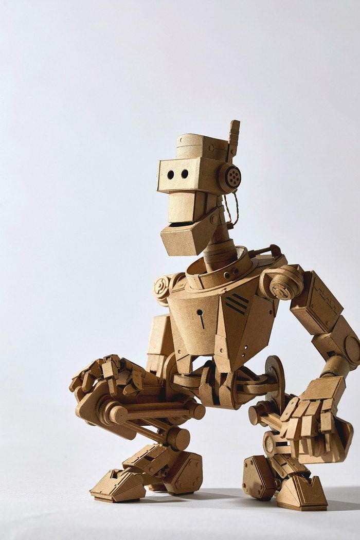 Картонные роботы Greg Olijnyk