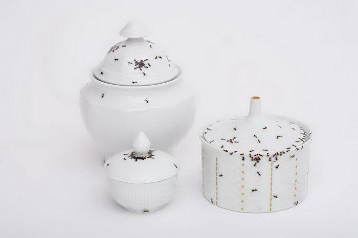 Посуда с муравьями Evelyn Bracklow