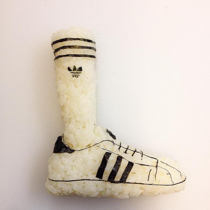 Суши в форме обуви: работы Yujia H