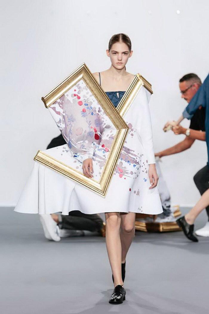 Платья-картины Viktor & Rolf