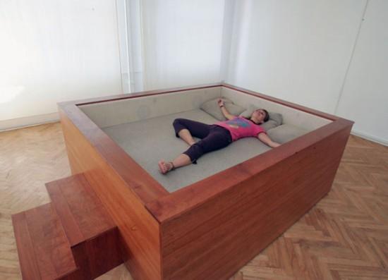 Кровать и креатив