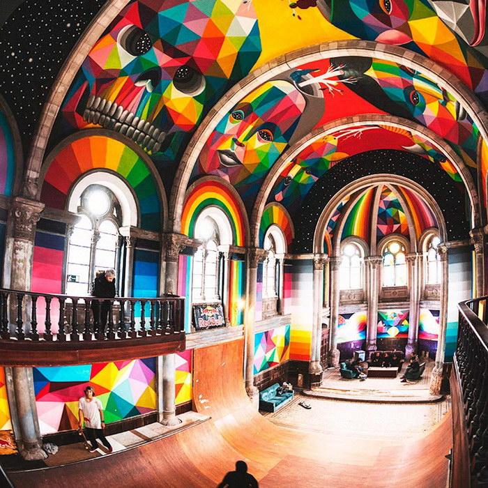Превращение старой церкви в скейт-парт для молодежи