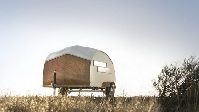 Прицеп с кроватью для настоящих путешественников