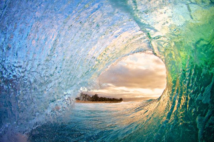 Бурные волны