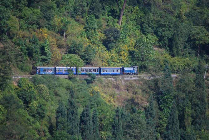 Путешествуем по миру на роскошных поездах