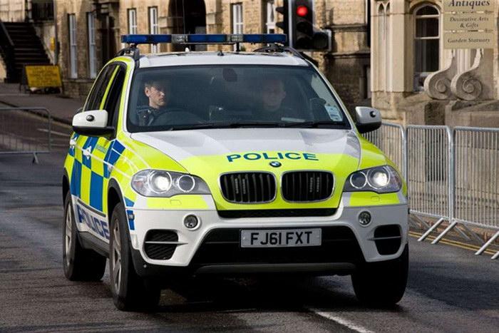 Самые крутые полицейские тачки в мире