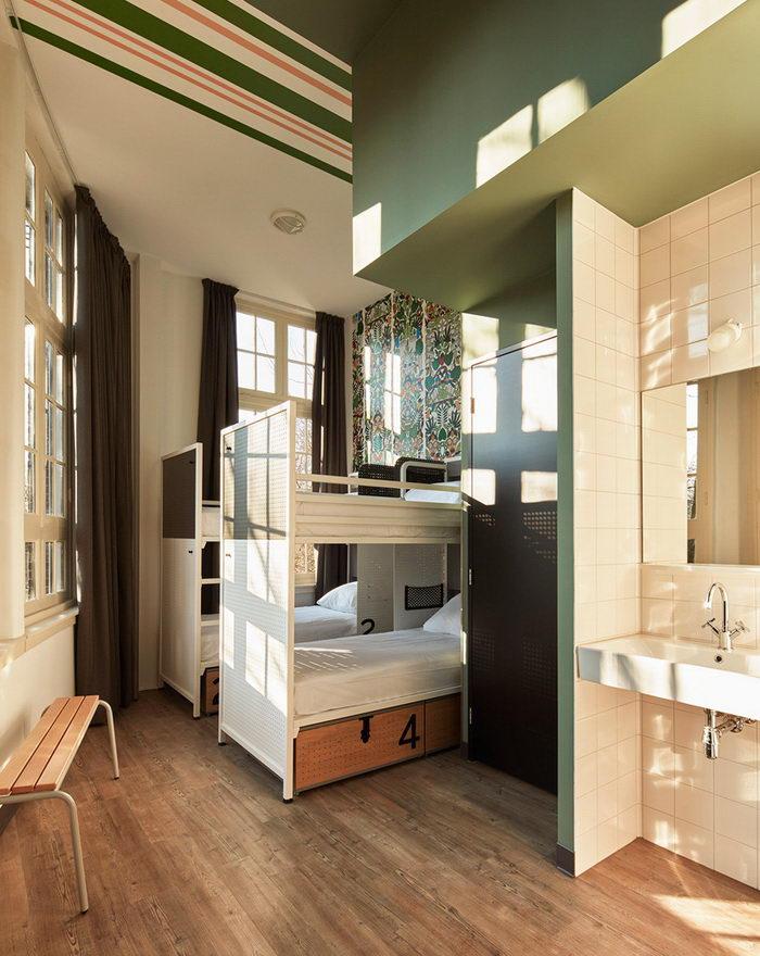 Интерьер хостела в Амстердаме