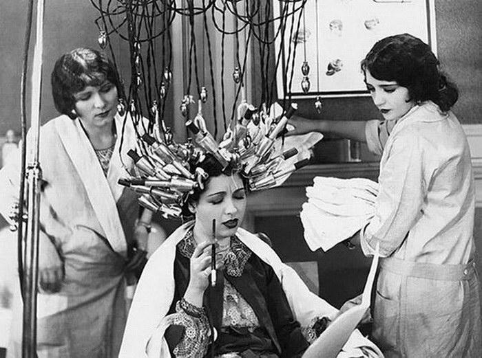 Адская красота: устройства для женщин начала XX века