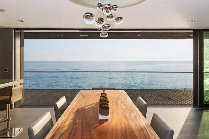 Дом в Малибу, аренда которого стоит 45 тысяч долларов в месяц