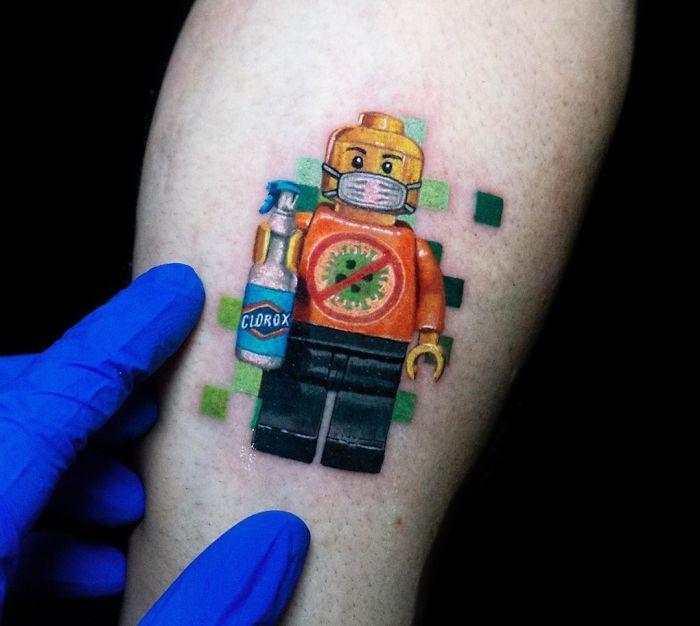 28 потрясающих коронавирусных татуировок