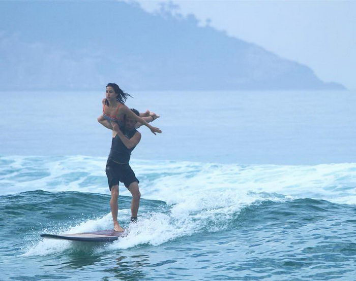 Парные трюки на одном серфе: проект Tandem Surf Brasil