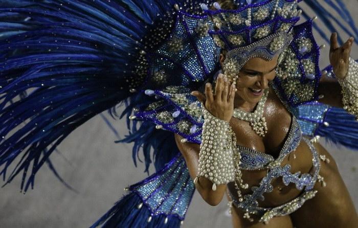 Красотки бразильского карнавала