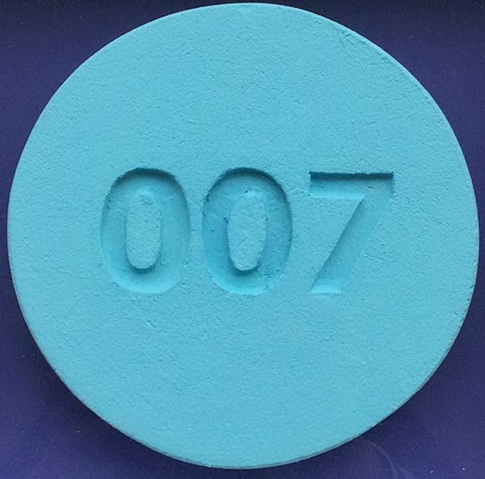 Таблетки экстази в фотопроекте Zeus