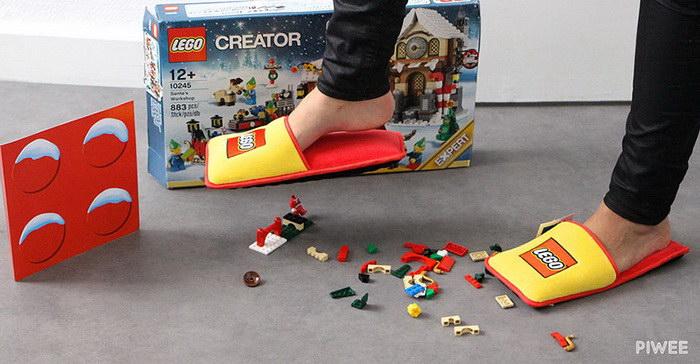 Lego выпустила тапочки, в которых не больно наступать на детали конструктора