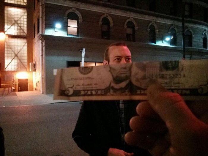 Люди, похожие на портреты на купюрах: флешмоб On The Money