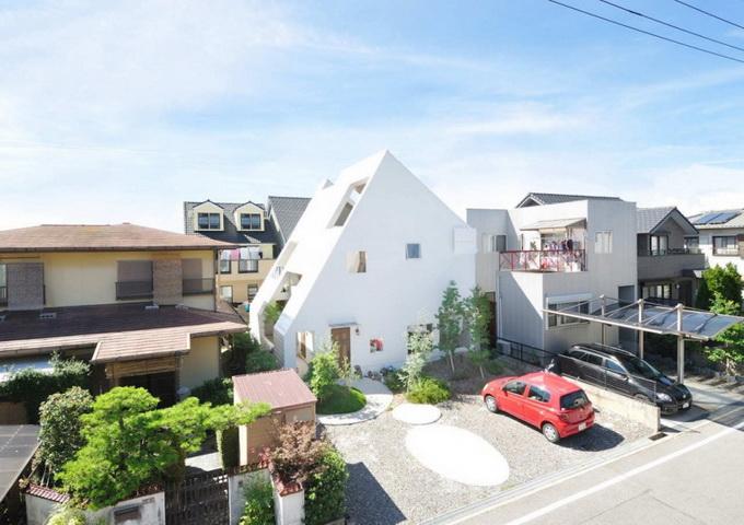 Японская вилла Montblanc House